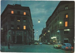 Z5109 Viterbo - Via Marconi Di Notte - Notturno Nuit Night Nacht Noche - Auto Cars Voitures / Viaggiata 1980 - Viterbo