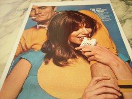 ANCIENNE PUBLICITE IL YA DU FLASH DANS L AIR CIGARETTE FLASH 1966 - Tobacco (related)