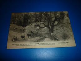 Carte Postale Somme Chateau De HAM Decombres Dans La Cour Animée - Ham