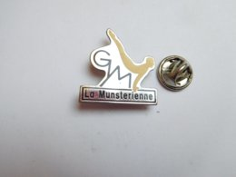 Beau Pin's , Gymnastique , Gym La Munstérienne , Munster - Gymnastiek