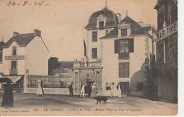 19 / 11 / 148. -  LE  CROISIC  ( 44 )  L'HÔTEL  DE  VILLE - ANCIEN  HÔTEL  DES  DUCS  D'AIGUILLON - Le Croisic