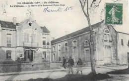 17  ILE D' OLERON  - LE CHATEAU  - La Mairie Et Le Boulevard Victor Hugo - Ile D'Oléron