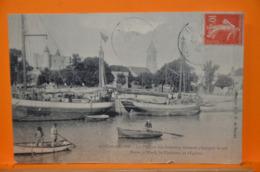 Noimoutier - Le Port Et Les Bateaux Venant Charger Le Sel. - Noirmoutier