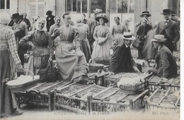 BOURG  EN BRESSE : Marché à La Volaille ( 1917 ) - Bourg-en-Bresse