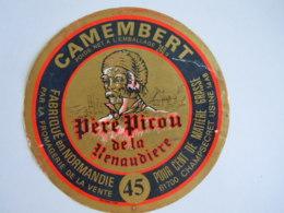 Etiket Etiquette Camembert Fabriqué En Normandie Père Picon De La Renaudière 14 AB Abimé - Fromage