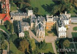 1 AK Tschechien * Blick Auf Das Schloss In Lednice - Seit 1996 UNESCO Weltkulturerbe - Luftbildaufnahme * - Tchéquie