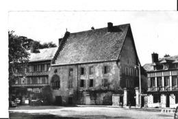 CPA LE NEUBOURG -le Vieux Château - Le Neubourg
