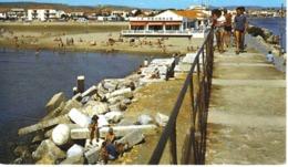 11 Port La Nouvelle N°14938 La Jetée Et La Plage Animée La Réserve Landau Ancien - Port La Nouvelle