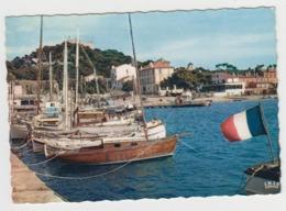 AC112 - ILE DE PORQUEROLLES - Le Port Et Les Quais - Porquerolles