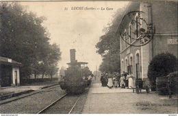 D72  LUCHÉ  La Gare    .......  Avec Train Gros Plan - Luche Pringe