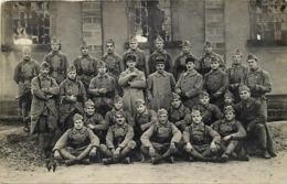 Themes Div-ref CC112- Carte Photo Militaires Militaria - Regiments - Regiment - Saint Avold - St Avold - - Saint-Avold