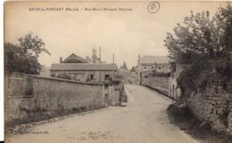 Arcis Le Ponsart - Rue Henri Howard Houston - France