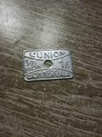 """Jeton """" 1F L'Union Commerciale """" Meauxen L Etat Sur Les Photos - Monedas / De Necesidad"""