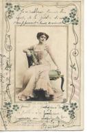 CPA 1903 / Fantaisie Femme Assise Sur Fauteuil / Art Nouveau / DE FREZIA  / Editeur Reutlinger - Frauen