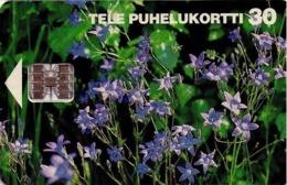 FINLANDIA. FLORES - FLOWERS. Spreding Bellflowers. 07/1995. FI-SON-D-0078. (685). - Flores