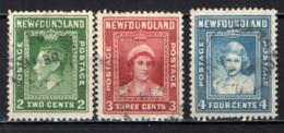 NEWFOUNDLAND - 1938 - EFFIGIE DEL RE GIORGIO VI, DELLA REGINA ELISABETTA E DELLA PRINCIPESSA ELISABETTA - USATI - 1865-1902