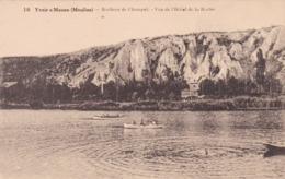 Yvoir Sur Meuse, Rochers De Champal, Vue De L'Hotel De La Roche (pk62822) - Yvoir