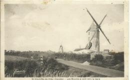 CPA DEP85 - St-HILAIRE-de-RIEZ (Vendée) - Les Moulins à Vent Vers La Gare - Saint Hilaire De Riez
