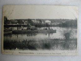 MORSANG SUR SEINE - La Seine (environs Du Vieux Garçon) - (avec Péniches Et Mariniers) - Other Municipalities