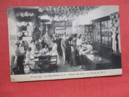 Panama Hat Store St Thomas D.W.I. Has Top Left Corner Crease  Ref 3706 - Virgin Islands, US