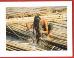 Photography By Ellis EVERADA- Daughters Of Asia-Asian Affection- HONG Kong- LIVRET FORMAT  12,5 X 9,5 Cm - Photos