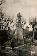 13582868 Bretteville-sur-Odon Le Monument Aux Morts 1914-18 Bretteville-sur-Odon - France
