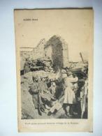 CPA LA GUERRE DE 1914 1915 PETIT POSTE AVANCE DANS UN VILLAGE DE LA SOMME - Guerra 1914-18