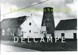 WATERVLIET - Sint-Laureins (O.Vl.) Molen/moulin - De Romp Van De Vrouwkensmolen Omstreeks 1980. Echte Foto 13x18 Cm. - Lieux