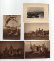 LOT DE 4 PHOTOS 6 X 9 - OFFENSIVE SOMME - BATIMENTS, EGLISE A IDENTIFIER + 1 PETITE CARTE - War, Military