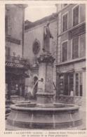 07-La Louvesc Statue De Saint François Régis Sur La Fontaine De La Place Principale - La Louvesc