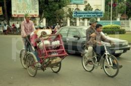 80s STREET SCENE CAMBODIA VIETNAM PHNOM PENH VIET NAM ASIA AMATEUR 35mm ORIGINAL NEGATIVE Not PHOTO No FOTO - Other