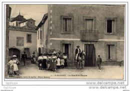 Dépt 34 - St Nazaire (Saint-Nazaire-de-Pézan) - Rue De La Placette (superbe Animation, Carte Pas Courante) - France
