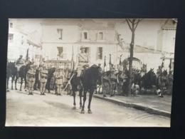 CPA Carte Photo Signée Arambourou Chatellerault Soldats Et Chevaux Fête De L'armistice 1919? Poitiers ? Chatellerault ? - Guerre 1914-18
