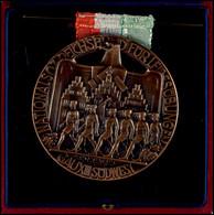 """Bronzierte Medaille """"Nationalsoz Reichsbund Für Leibesübungen Gau XIII Südwest"""", Rückseitig Graviert Mit """"Hockey-Länderk - Army & War"""