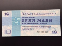 GERMAN DEM REP FX4 10 MARKS 1979 UNC - [ 6] 1949-1990 : GDR - German Dem. Rep.