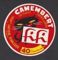 Etiquette De  Fromage Camembert   -  Fifi  -    Coop.  Laitière  Echallerie  à La Pellerine (49) - Thème Chat - Cheese