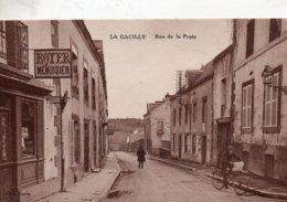 La  Gacilly -   Rue  De  La  Poste. - La Gacilly