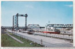 Canada Uncirculated Postcard - Ships- Cargo - The Seaway`s St Lambert Locks - Fishing Boats