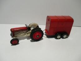 TRACTEUR  CORGI TOYS - Oud Speelgoed