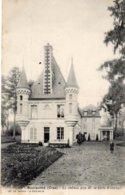 BOURSONNE - Le Château Pris De La Porte D'entrée - Autres Communes
