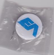 Pin's EA - Marques