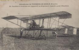 Toussus Le Noble : Aérodrome - M. Paulhan à Bord De Son Appareil Se Disposant à Partir Pour Chartres - Toussus Le Noble