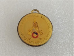 Medaglietta Vintage Vigili Del Fuoco Comando Provinciale Milano 50° Fondazione - Firemen