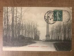 MAUPERTHUIS L'Obelisque - Francia