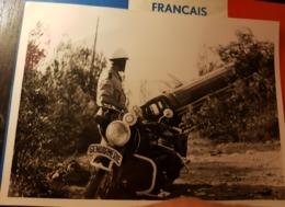 Rare Photo 13 X 18 Cm Motard De La Gendarmerie Devant Camion-citerne Accidenté - 1939-45