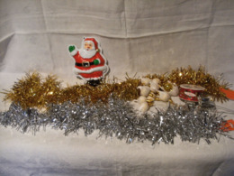 Lot Articles Decoration Fetes Noel : Pere Noel - Boules Guirlandes Et Decos - Decorative Items