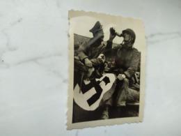 2WK Foto  Panzer Wehrmacht Soldaten - 1939-45