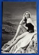 ANITA EKBERG # Sexy Pin-Up Portrait Im Badeanzug (swimsuit) # Großes XXL-Star-Photo, Ca. 20,5 X 30,5 Cm # [19-4082] - Fotos