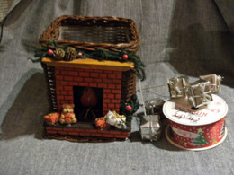 Lot Decorations Noel :panier + Piques Cadeaux Argentés + 1 Rouleau Motifs Noel - Kerstversiering
