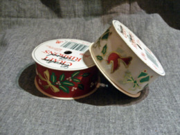 2 Rouleaux Ruban Tissus Imprimés Noel / Neufs Sans Emballages - Schmuck Und Dekor
